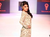 Pune Fashion Week – Gorgeous Shreya Sharan and other divas sizzle the ramp!