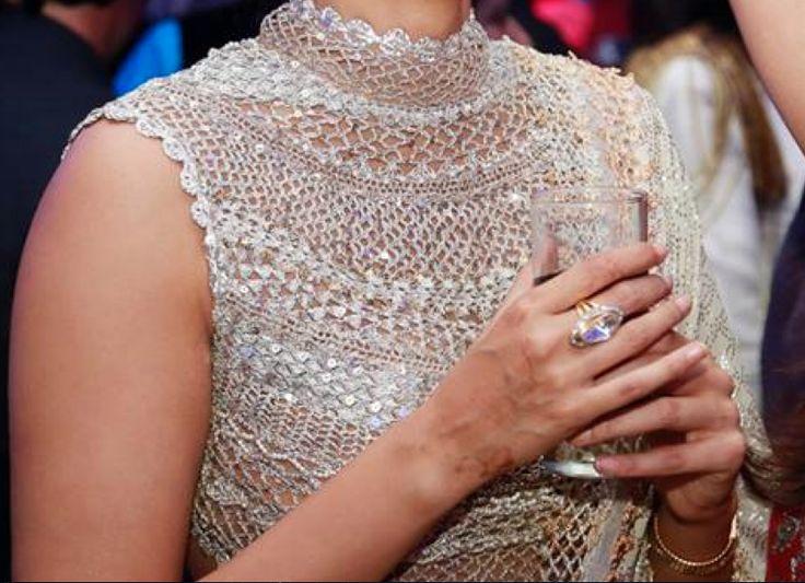 corchet net blouse